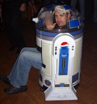 55 catastrophic Star Wars costumes. - 97.4KB